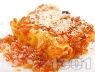 Канелони със сирене, гъби печурки, яйца, доматен сос и пармезан на фурна